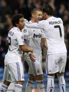 Benzema despertó y el Madrid goleó 3