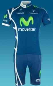 El azul predomina en el maillot del Movistar 3