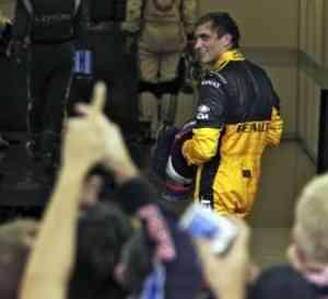 Petrov seguirá en Renault dos años 3