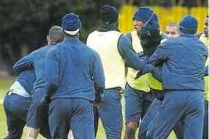 Adebayor se pone a tiro al Real Madrid 3