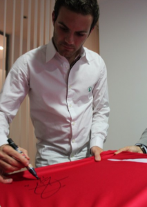 Entrevista a Juan Mata gracias a Vodafone Tu Fútbol 6