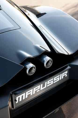 Coche de lujo ruso, el Marussia B2 11