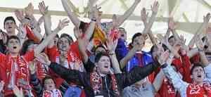 La afición del Murcia responde ante el Ceuta 3