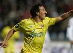 Nilmar y Cazorla también están pendiente de la UEFA