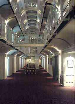 Pernoctando en una cárcel de lujo 3