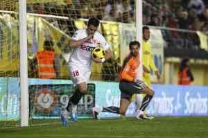 El Sevilla y los balones hunden al Villareal 3