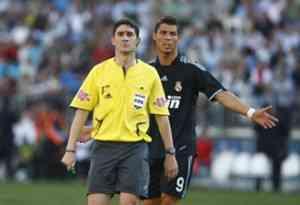 Undiano Mallenco es el árbitro de la final 3