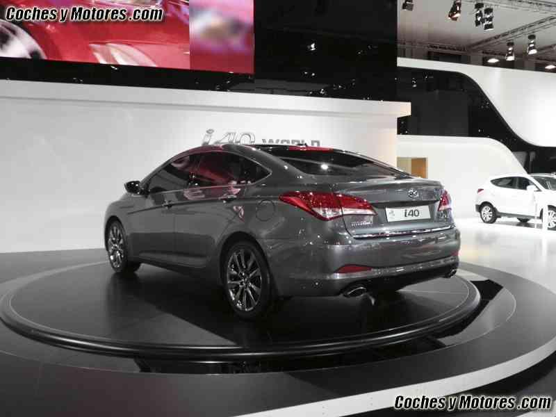 La única novedad mundial en el Salón de Barcelona: Hyundai i40 25