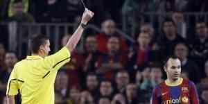 La UEFA, jugadores y tarjetas 3