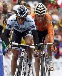 La pareja Samuel Sánchez y Alberto Contador