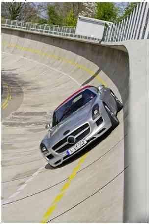 Mercedes SLS AMG Roadster 3