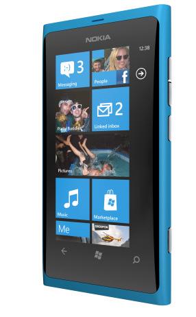Nokia Lumia 800, Windows Phone en toda regla 3