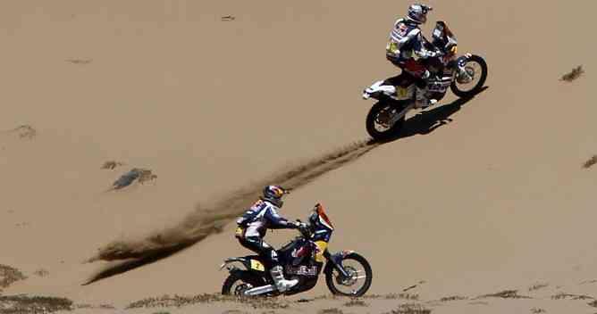 Dakar 2012: Roma gana en coches, y polémica en las motos 3