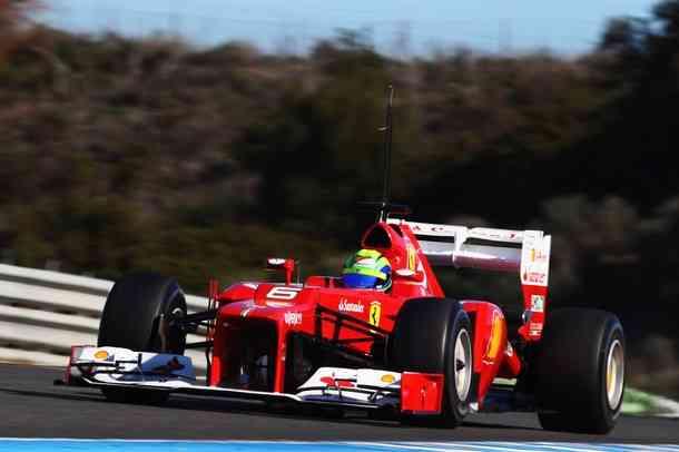 Kobayashi marca el mejor tiempo en la última sesión de Barcelona 3