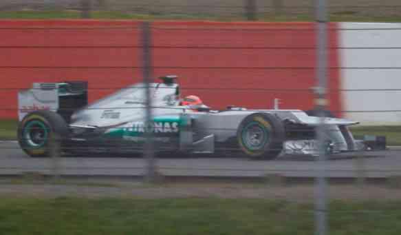 Imagen espía del Mercedes F1 AMG W03 3