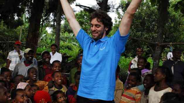 Pau Gasol promociona un libro solidario para UNICEF 5