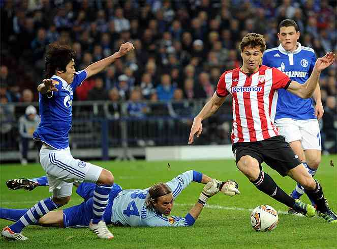 FC Schalke 04 v Athletic Bilbao - UEFA Europa League Quarter Final