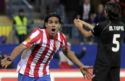 Falcao mete gol frente al Valencia