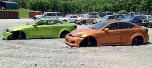 Lexus no entiende de crisis y destruye sus vehículos exhibidos en el SEMA 5