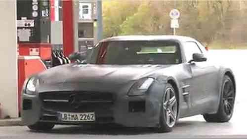 El Mercedes-Benz SLS AMG Black Series entrena en Nürburgring 3