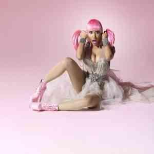 Nicki Minaj, vuelve a liarla parda... 3