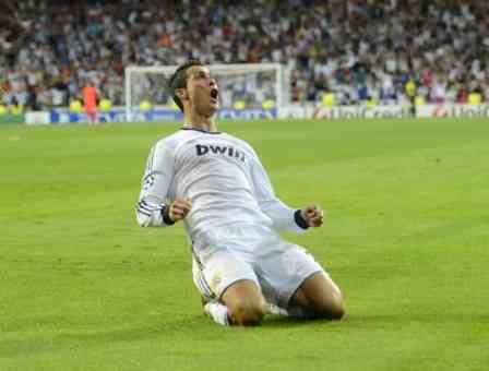ronaldo celebra su gol ante el manchester city