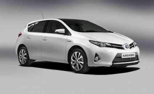 Toyota apuesta por los híbridos 11