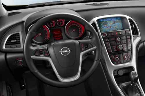 Nuevos Opel Astra 2012 11