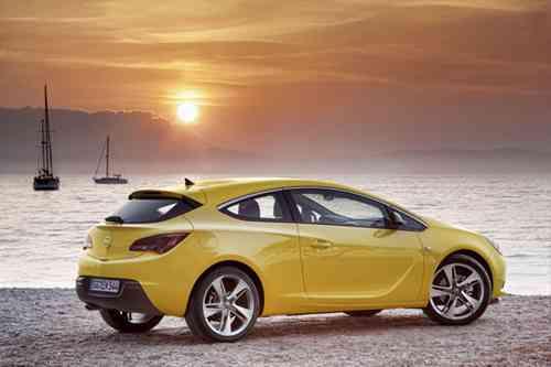 Nuevos Opel Astra 2012 10