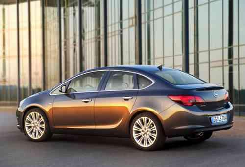 Nuevos Opel Astra 2012 12
