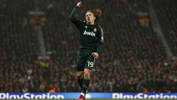 El Real Madrid se mete en cuartos de Champions
