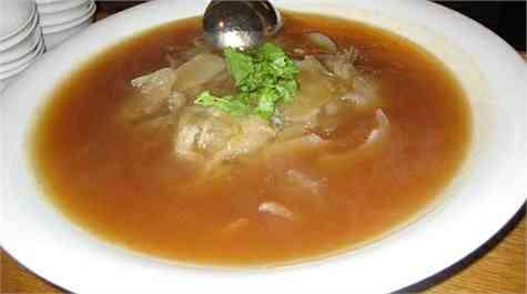 sopa de aleta de tuburon