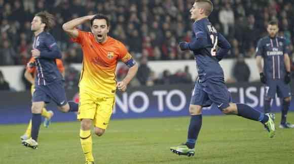 xavi celebra un gol en paris