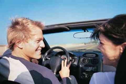 ¿Los jóvenes ya no quieren tener su coche?