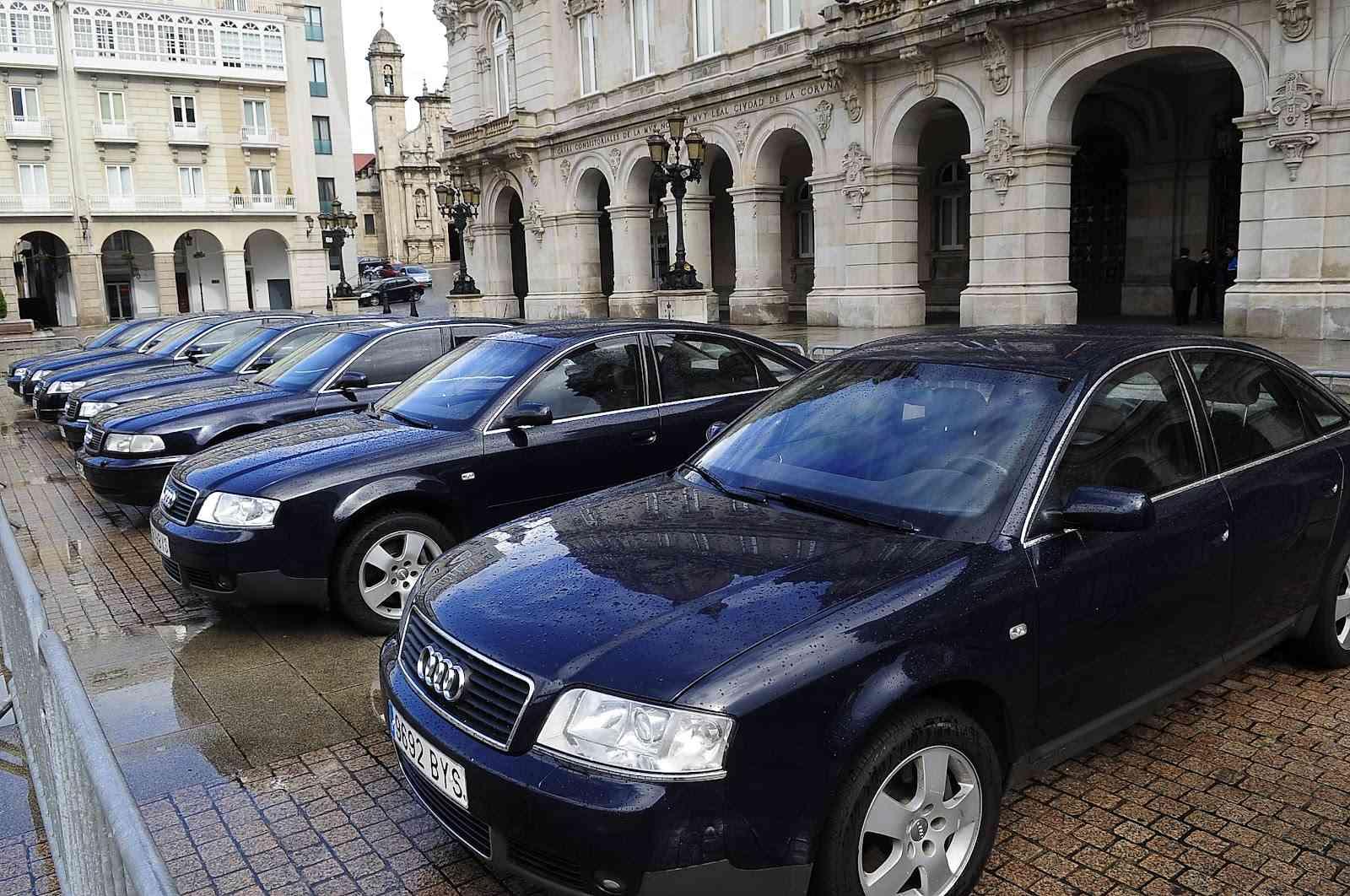 Subasta coches oficiales