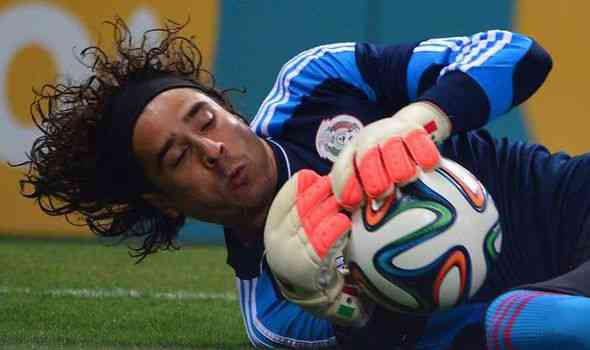 Guillermo Ochoa Arsenal 2
