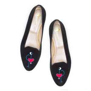 Monnas la marca de zapatos slippers llega a España 39