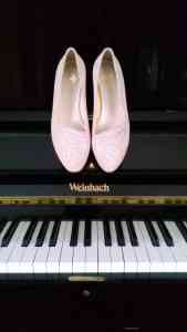 Monnas la marca de zapatos slippers llega a España 68