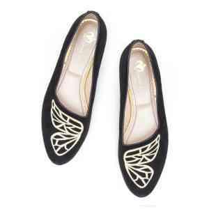 Monnas la marca de zapatos slippers llega a España 69