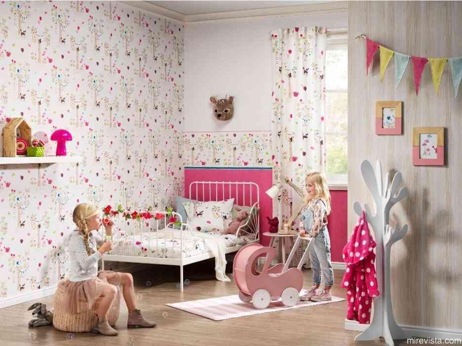Decora la primera habitación de tu bebé con papel pintado 24
