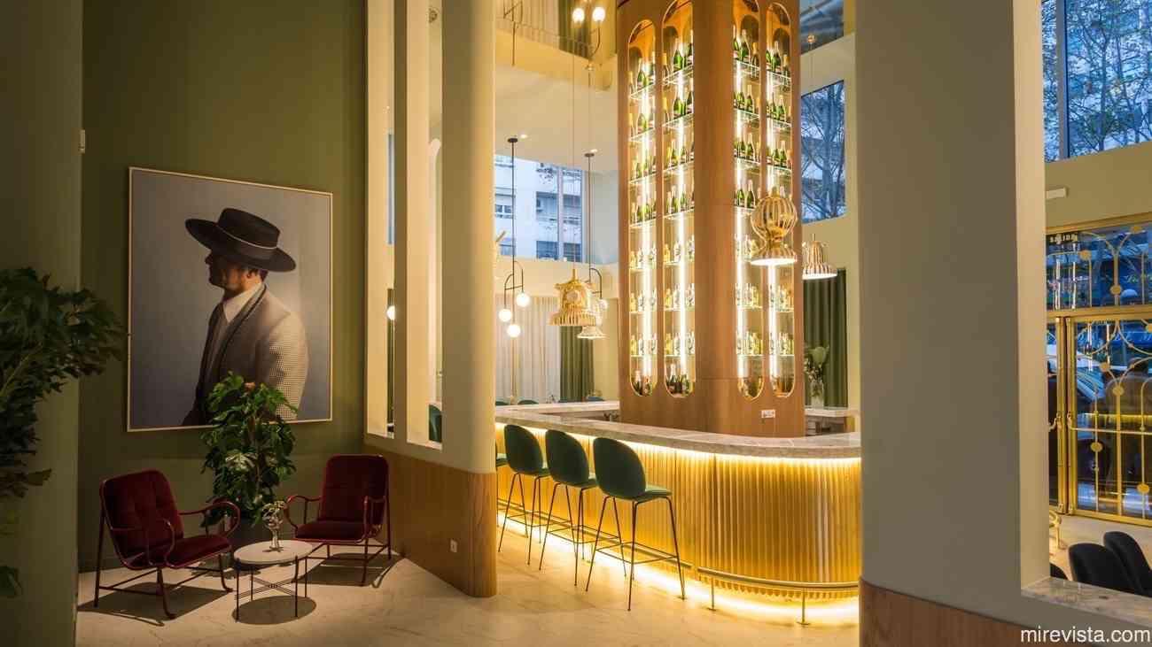 Torre de Madrid y el hotel con el diseño más cool de la ciudad 11