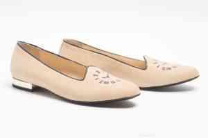 Monnas la marca de zapatos slippers llega a España 43