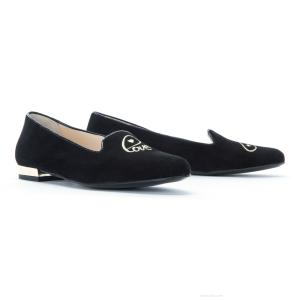 Monnas la marca de zapatos slippers llega a España 53