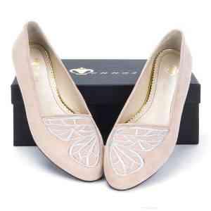 Monnas la marca de zapatos slippers llega a España 25