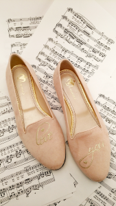 Monnas la marca de zapatos slippers llega a España 36