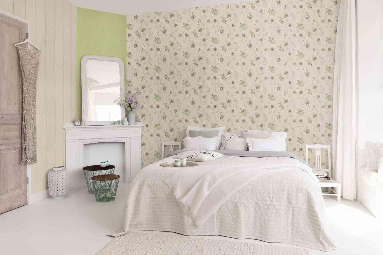 Llena tus paredes de primavera con papel pintado 14
