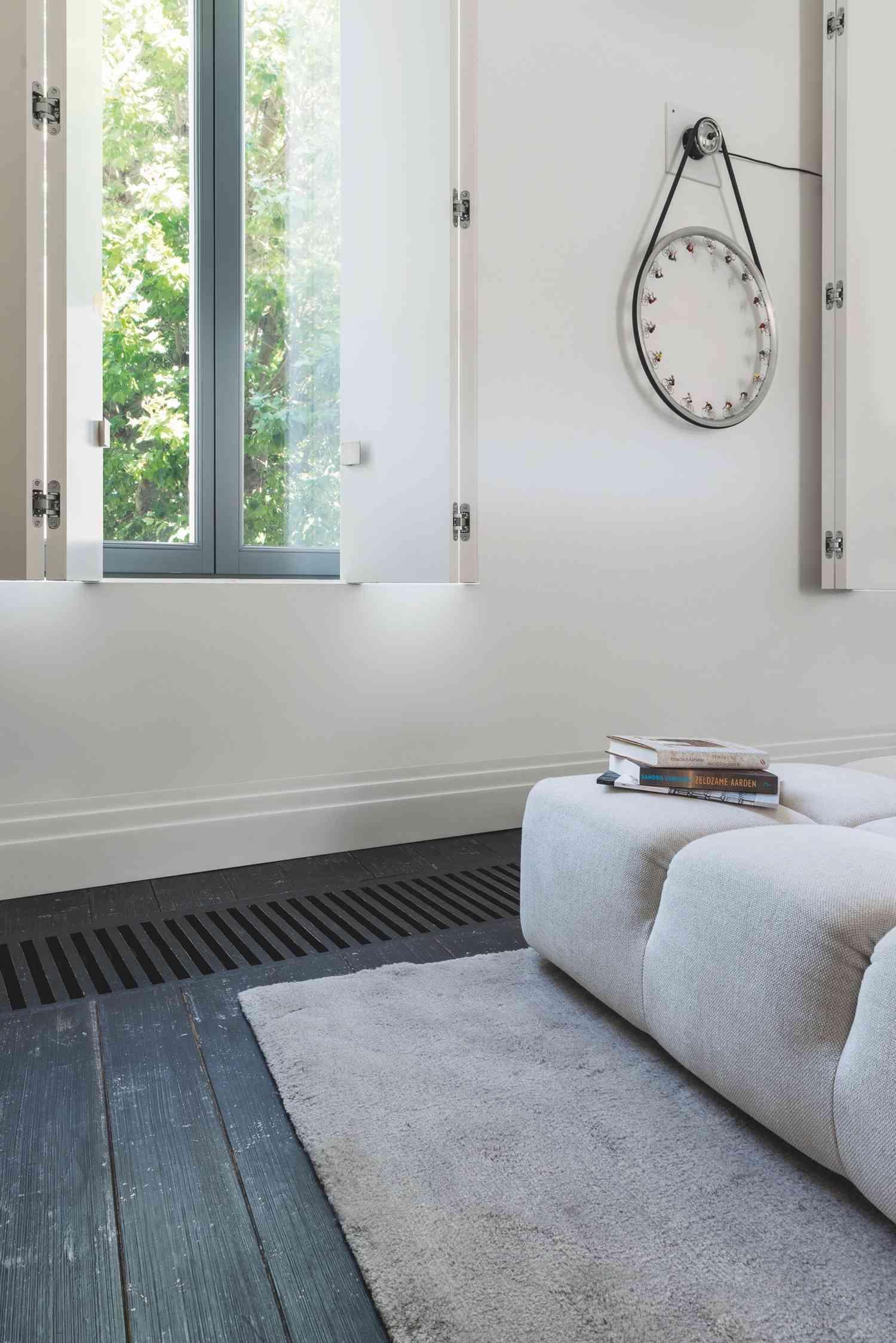 Suelos y paredes beautiful suelo y paredes vinlicos for Zocalos para garajes