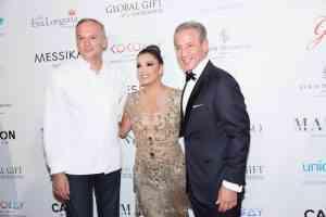 La VII Global Gift Gala París premia la labor filantrópica de Orianne Collins, Pamela Anderson y Valerie Messika 20