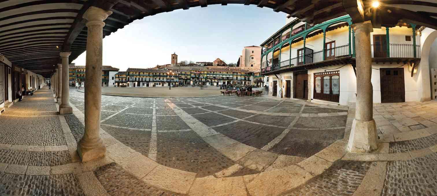 Chinchón aumenta su número de visitantes desde que fue nombrado uno de los pueblos más bonitos de España 1