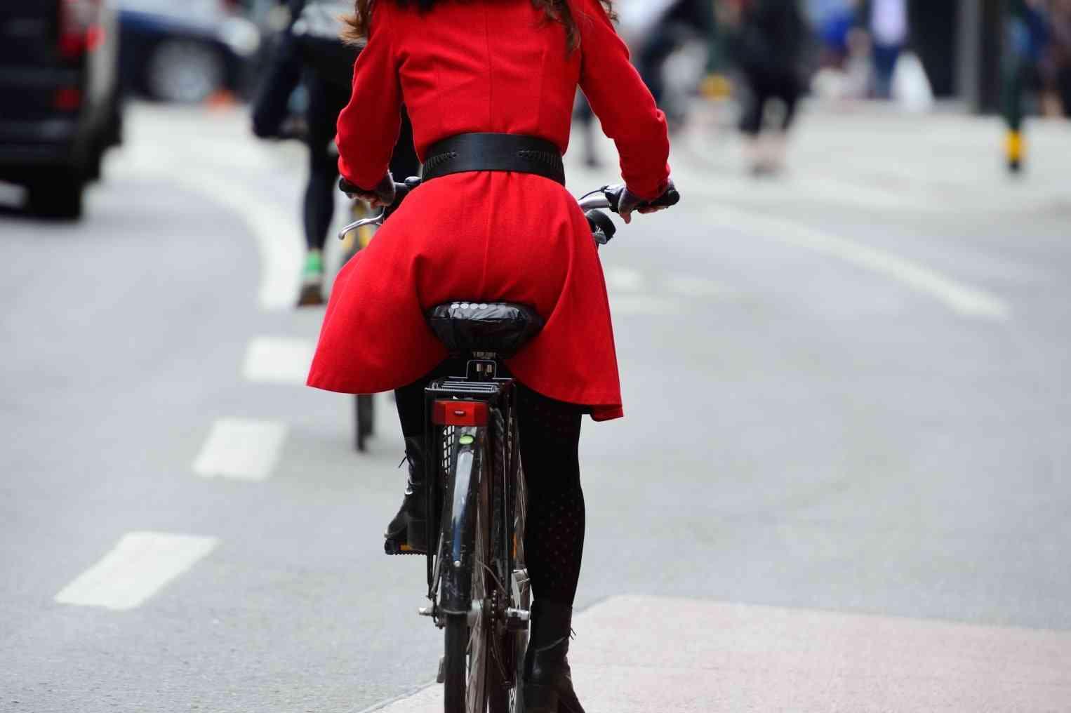 Desplazarse en bicicleta es considerado por el 41% de los españoles como peligroso 1